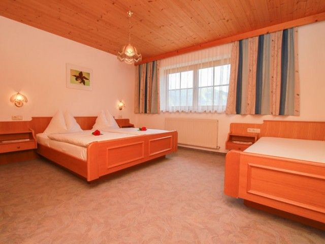 Doppelbettzimmer St. Ulrich a. P. PillerseeTal