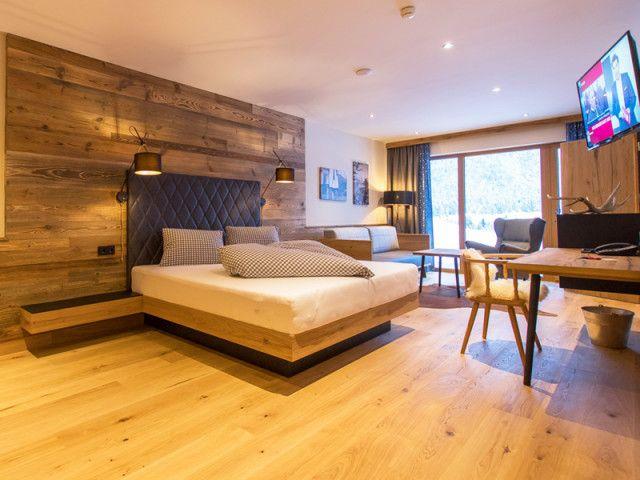 hotel-stulrich-chalet-2.jpg