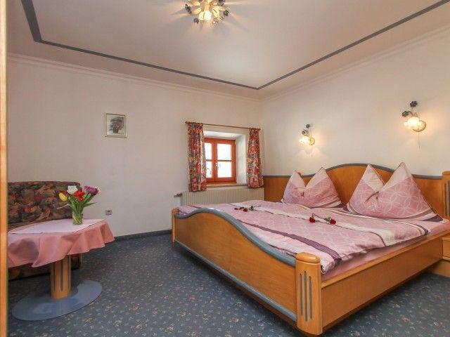 schlafzimmer-fewo