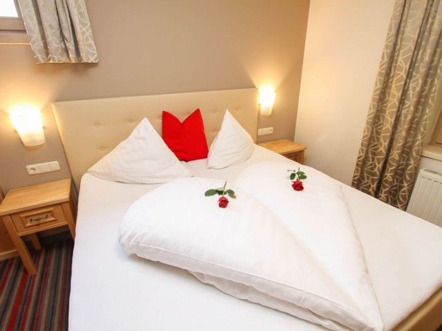 hotel-hinterglemm-komfort-bett.jpg