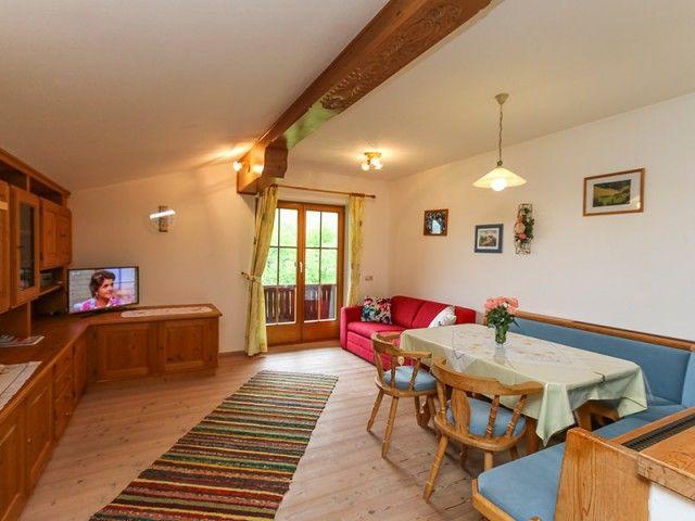 steinberge-wohnzimmer.jpg
