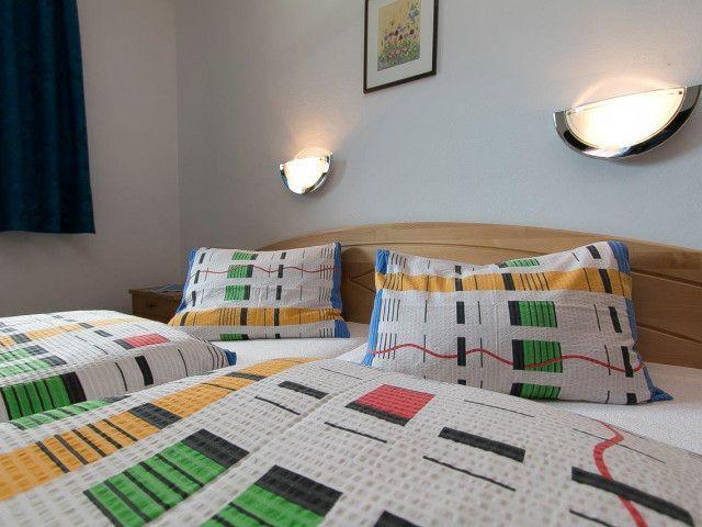 Sonnenwelleck Schlafzimmer.jpg