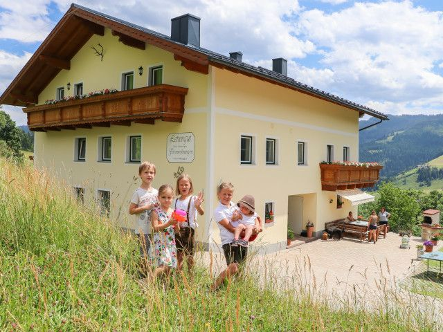 erlebnisbauernhof-salzburg-muehlbach-ferien-0501.j
