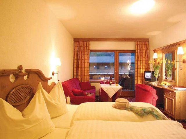 hotel-lofer-4.jpg