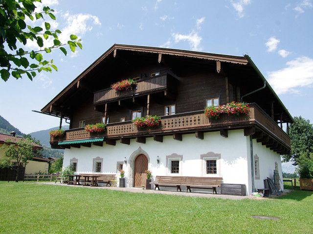 Haus_seitlich_ferne.jpg