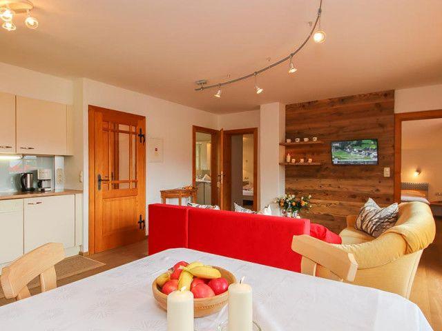 chalet-leogang-wohnraum-8533.jpg
