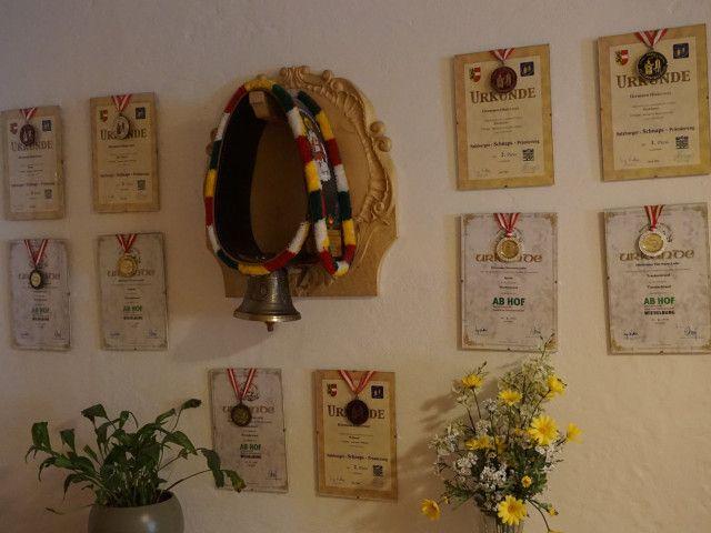 Auszeichnungen für unsere Edelbrände