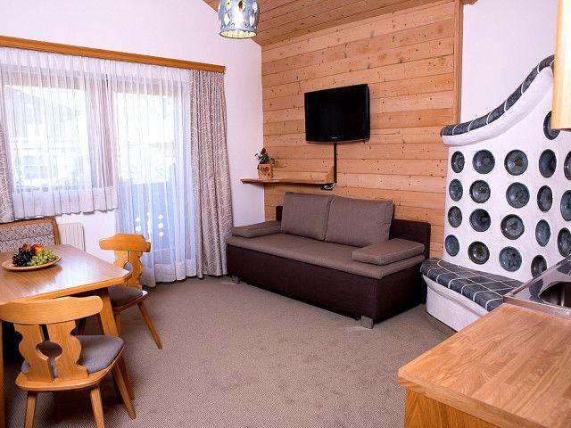 Appartement 8 Wohnraum.jpg