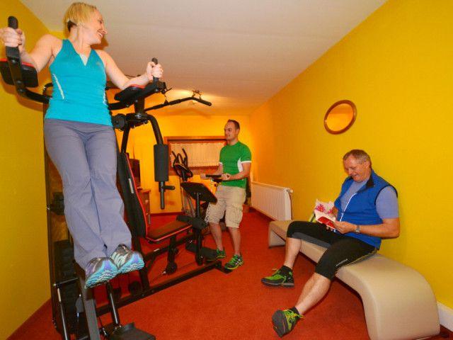Fitnessraum_Sporthotel_Kitz-1024x669.jpg