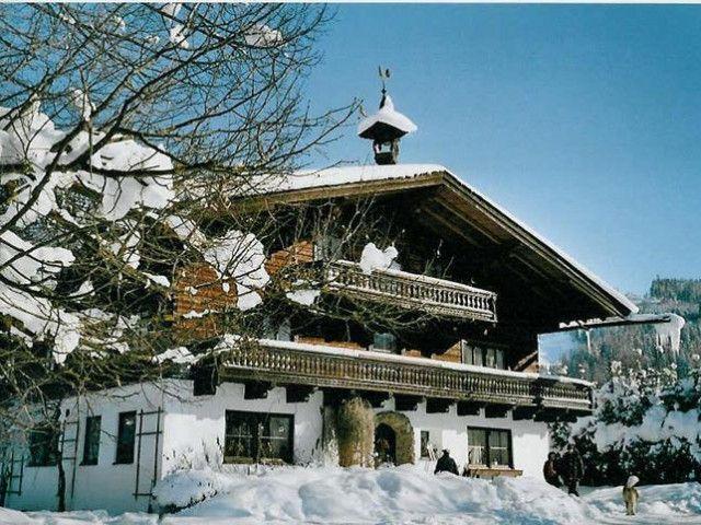 Römerhof_Winter.jpg
