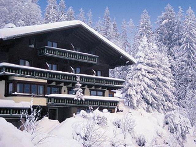 Hausansicht_Winter.jpg