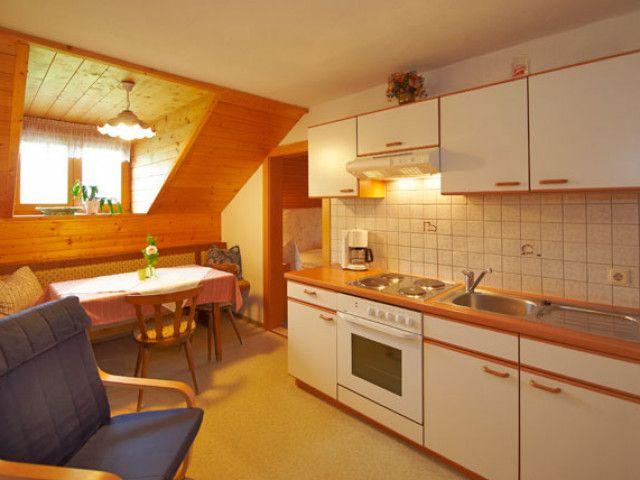 kueche-appartement-5-aignerhof-gr.jpg