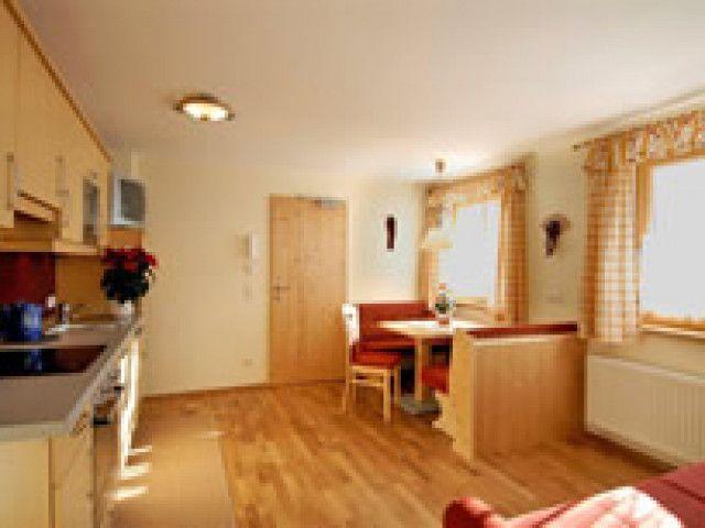 appartement1-wohnkueche-klein.jpg