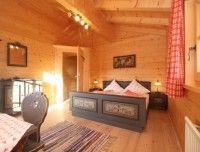 Schlafzimmer_Doppelbett.jpg