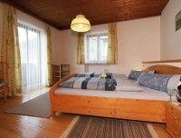 schlafzimmer-ferienwohnung-unken.jpg